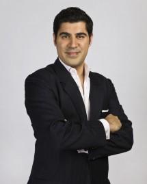 Parag-Khanna-Author-Keynote-Speaker